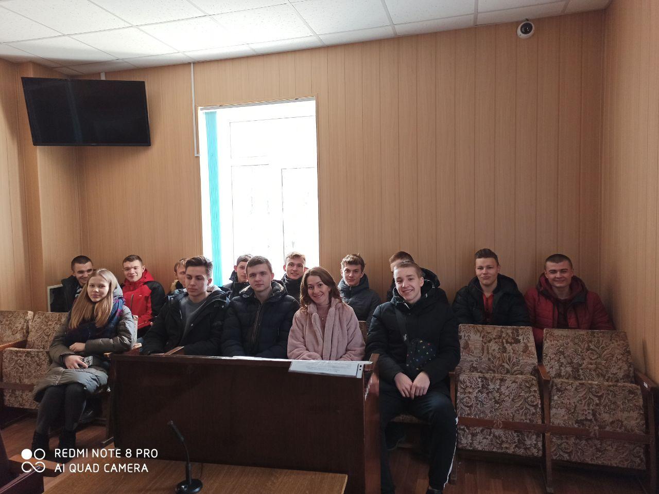 До Лубенського міськрайонного суду завітали студенти, фото-1